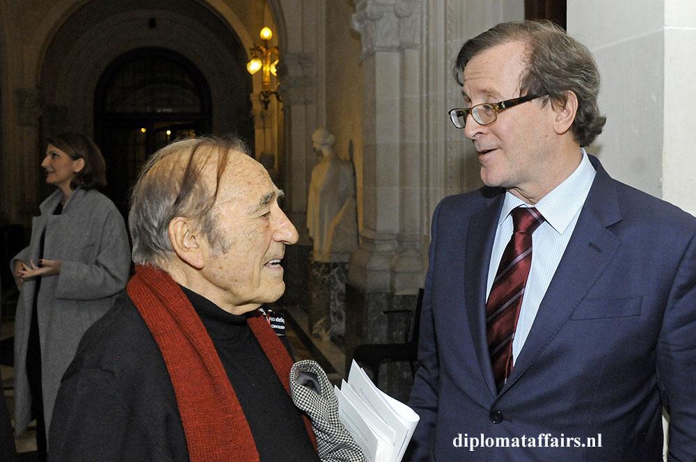 86.jpg Miquel Angel Estrella - Horacio H. Salvador Ambassador of Argentina