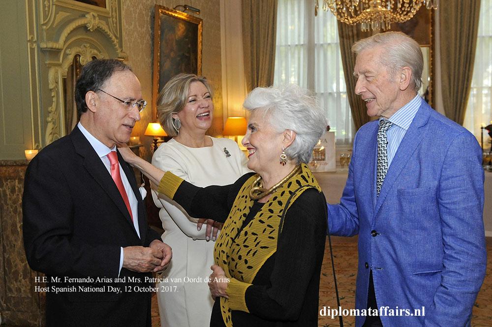 01 Ambassador Fernando Arias Mrs. Patricia van Oordt de Arias diplomataffairs.nl
