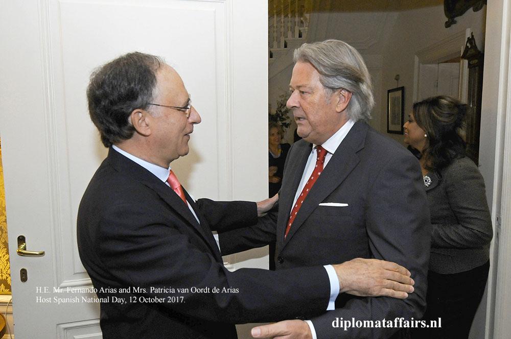 10 Ambassador Fernando Arias Mr Peter Bliek