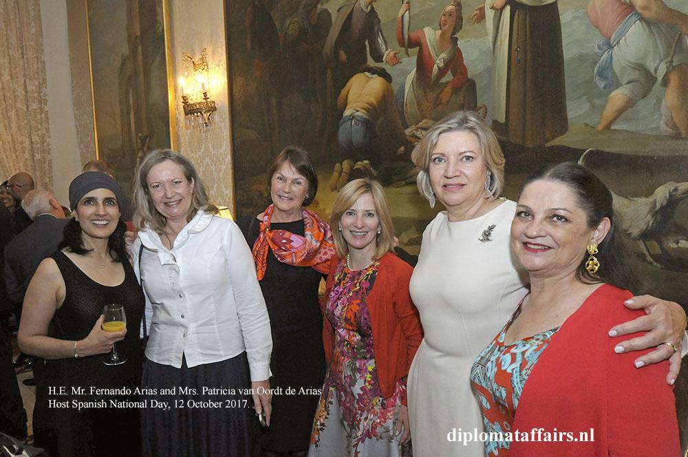 11 Mrs. Patricia van Oordt de Arias diplomataffairs.nl
