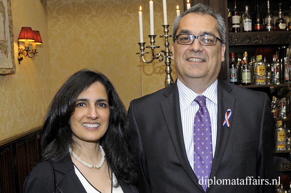 H.E. Mr Juan Jose Quintana Aranguren, Mrs Maria Rosario Navia