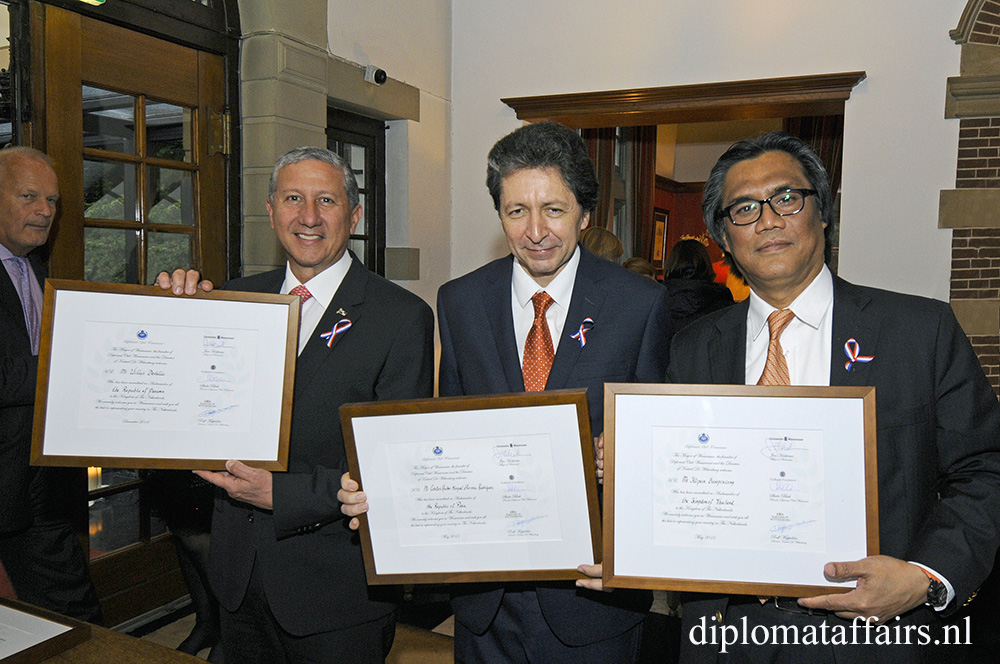 H.E. Mr Willys Delvalle Velasco, H.E. Mr Carlos Andres Miguel Herrera Rodríguez, H.E. Mr Ittiporn Boonpracong