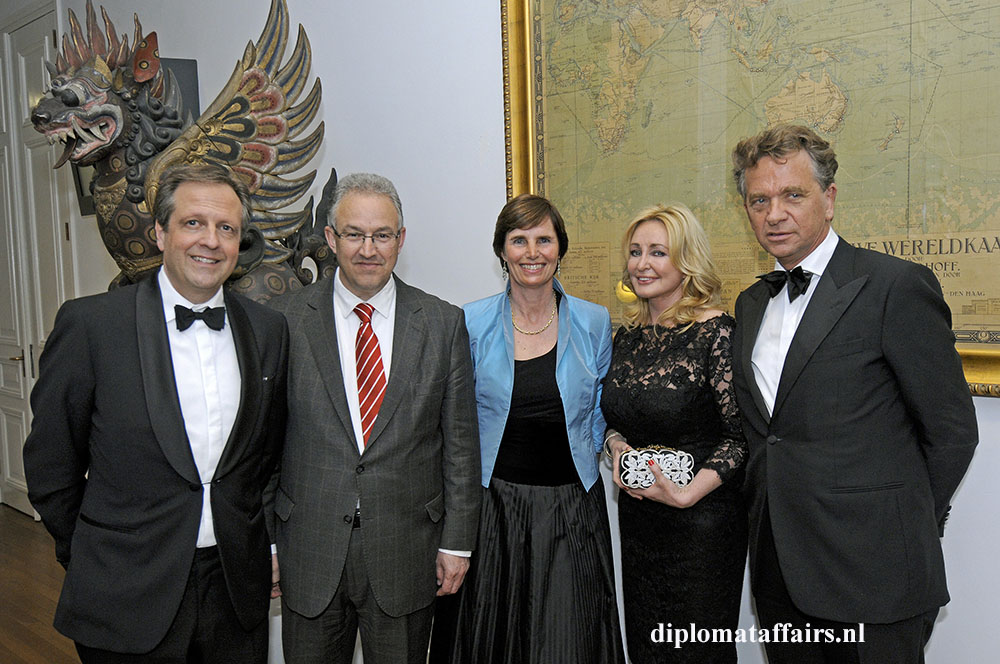Mr. Alexander Pechtold, Mayor Ahmed Aboutaleb, Prof. Dr. Jolien Roos Hesselink_ Mrs. Lisette Goedvolk, Mr. Bastiaan van der Knaap