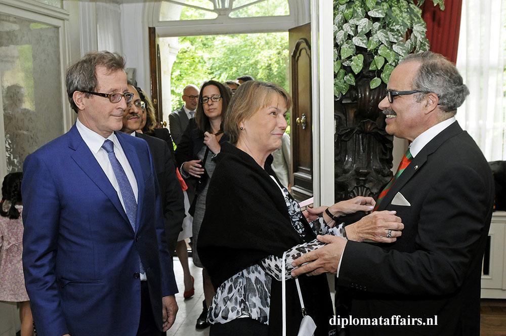 946.jpg H.E. Horacio Salvador - Mrs. Jane Berger de Salvador Argentina