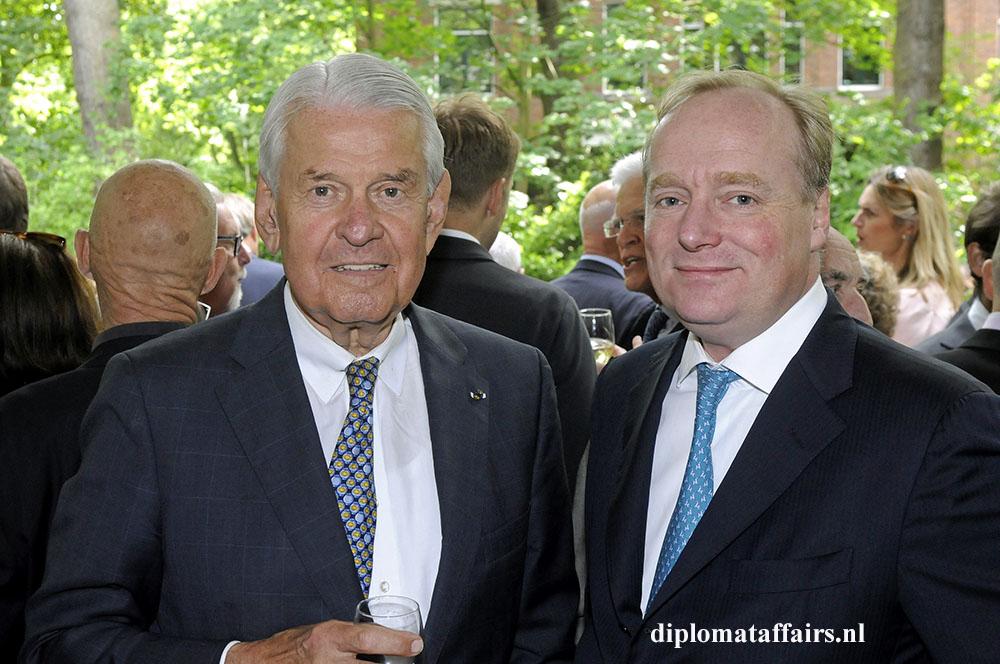 948.jpg Mr. Jaap Rost Onnes - Prince Carlos de Bourbon de Parma