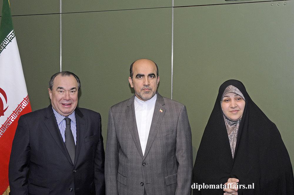 527.jpg H.E. Eduardo Ibarrola Prof. Alireza Jahangiri and Mrs. Jahangiri