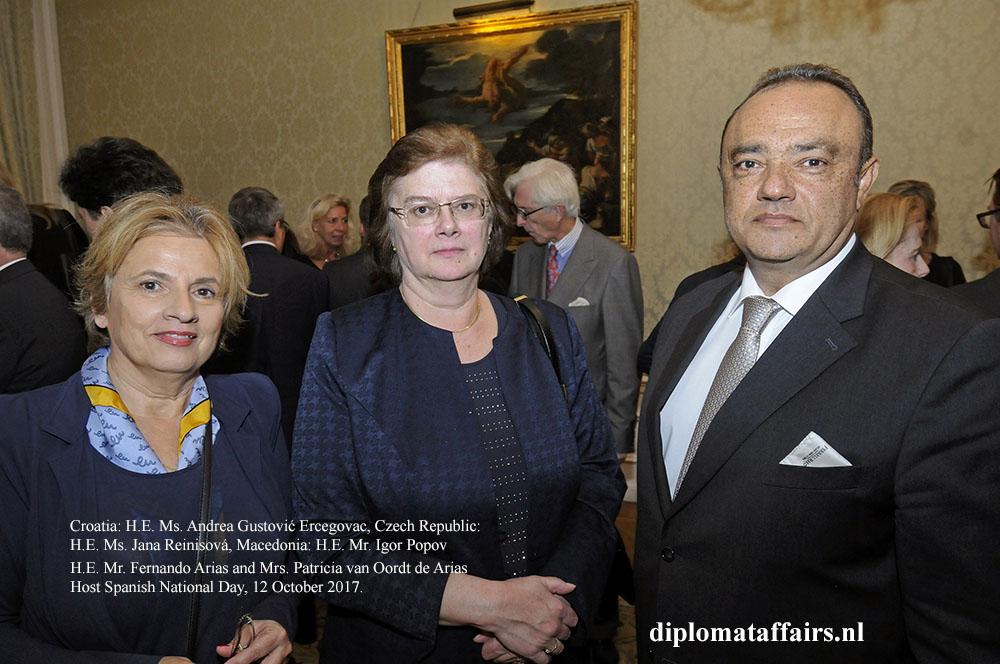 08 H.E. Andrea Gustović Ercegovac, H.E. Ms. Jana Reinisová, H.E. Igor Popov