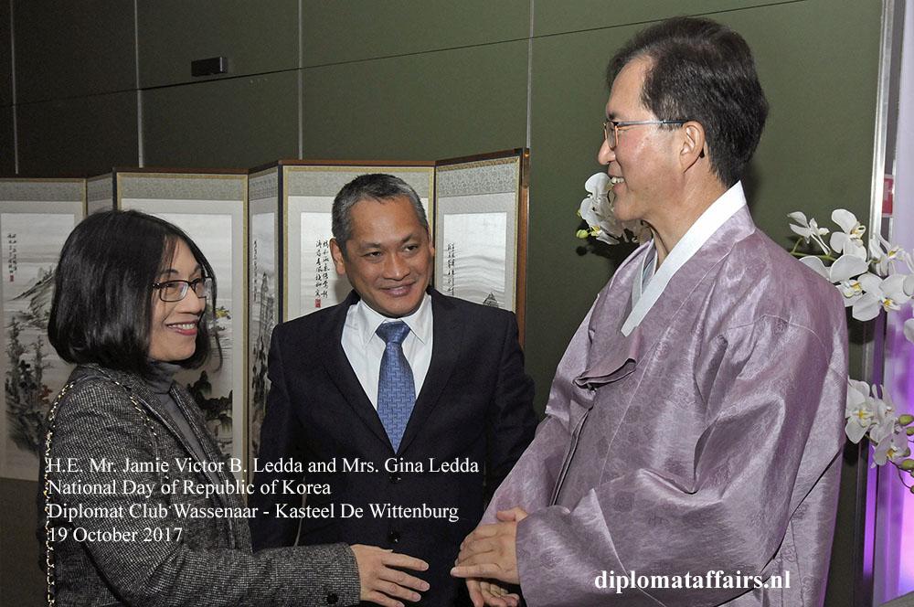 14 H.E. Jamie Victor B. Ledda, Mrs. Gina Ledda, H.E. Yun Young Lee