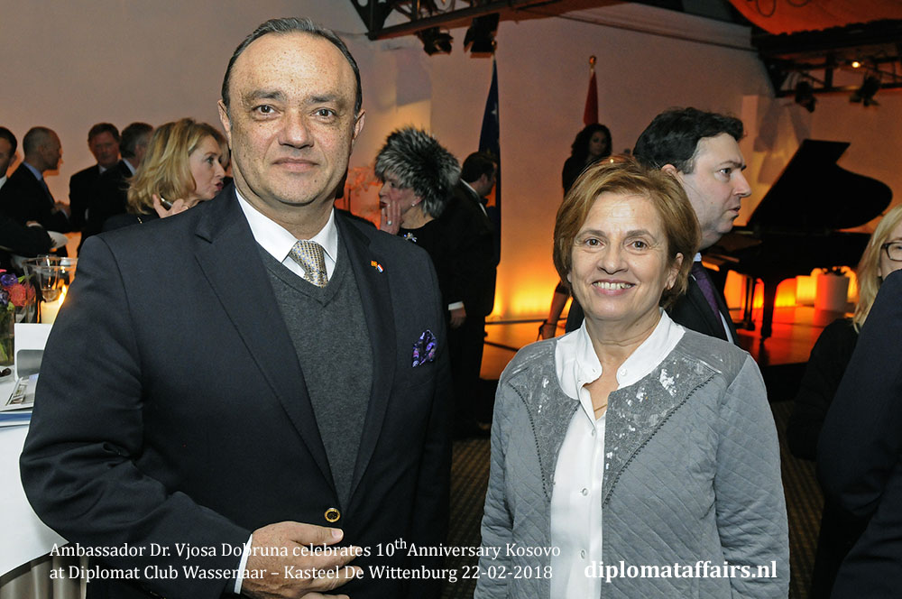 10.jpg H.E. Igor Popov Ambassador of Macedonia, H.E. Andrea Gustović-Ercegovac Ambassador of Croatia