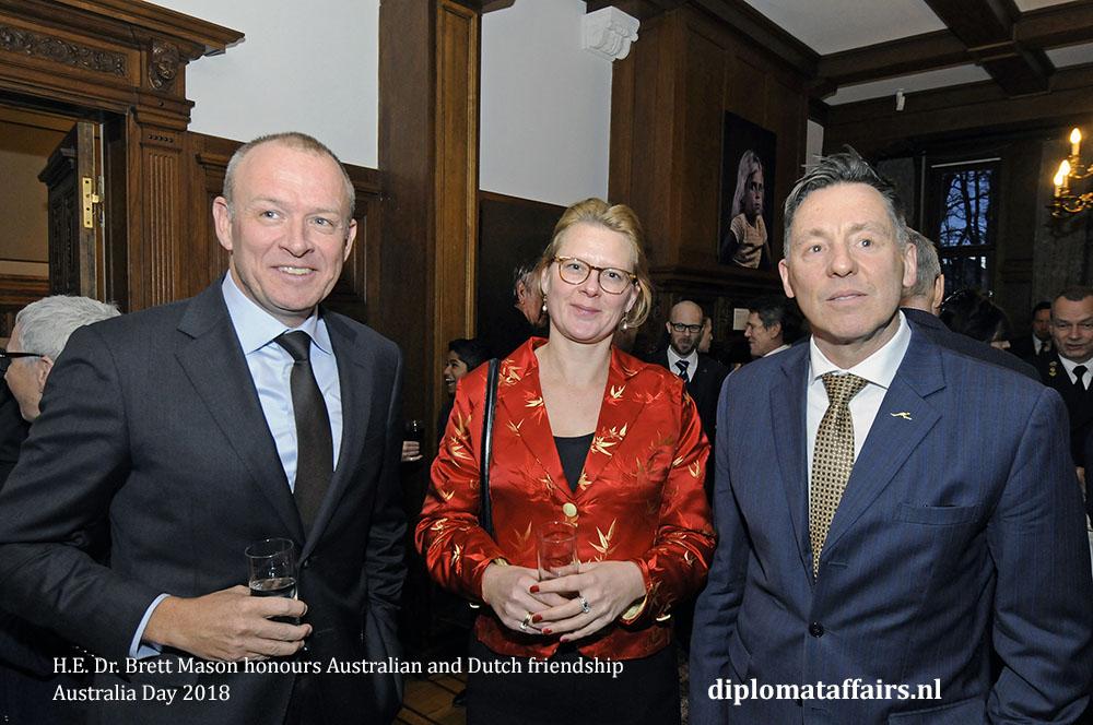 12. H.E. Dr. Brett Mason honours Australian and Dutch friendship 01-02-2018