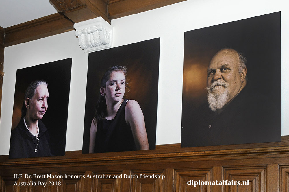 14. H.E. Dr. Brett Mason honours Australian and Dutch friendship 01-02-2018