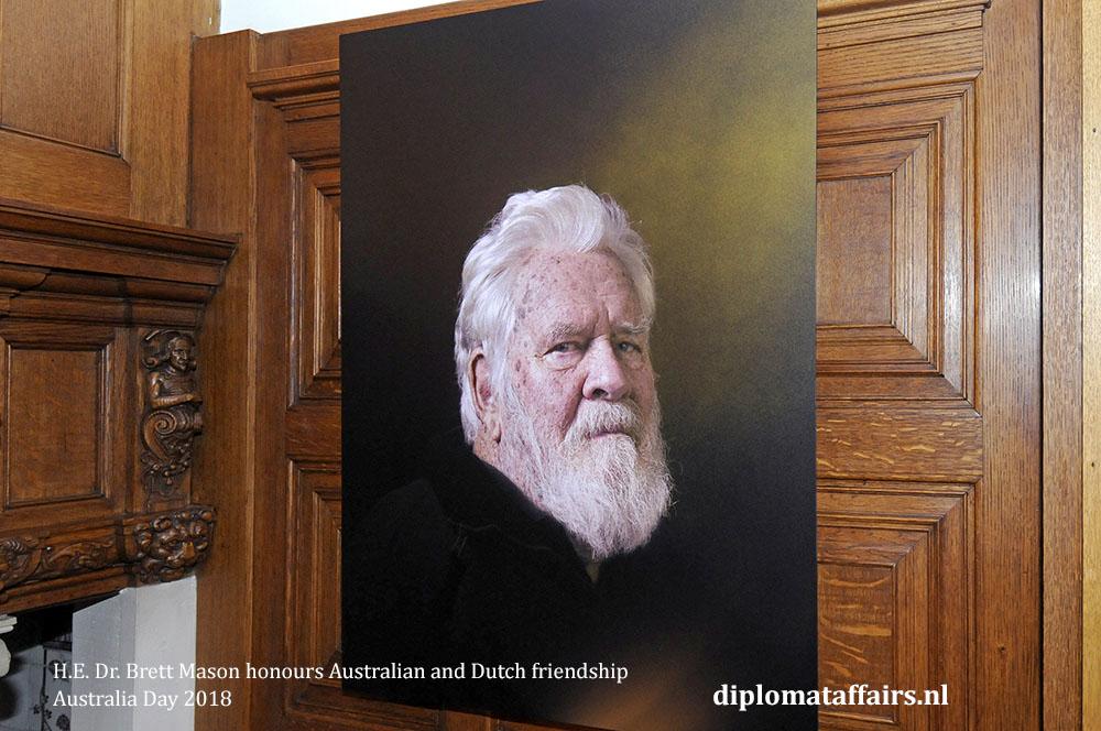 15. H.E. Dr. Brett Mason honours Australian and Dutch friendship 01-02-2018