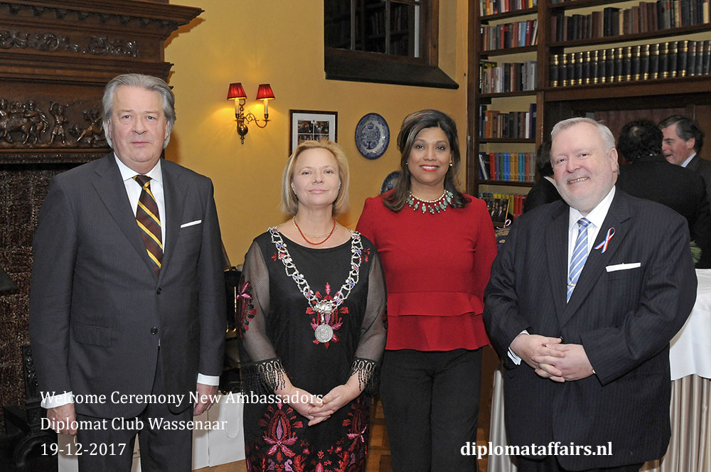 2. Mr. Peter Bliek, Mrs. Inge Zweerts de Jong, Mrs. Shida Bliek H.E. Jean-Marc Hoscheit
