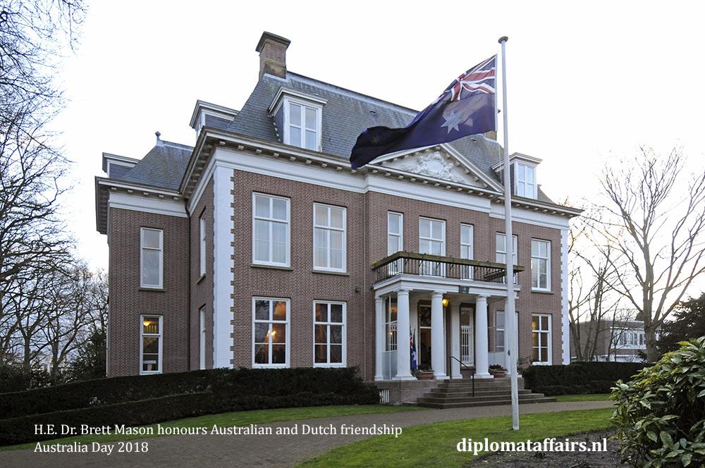 20. H.E. Dr. Brett Mason honours Australian and Dutch friendship 01-02-2018