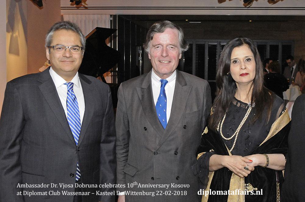 5a.jpg H.E. Shujjat Ali Rathore, Mr. Alexander Beelaerts, Mrs. Uzma Shujjat