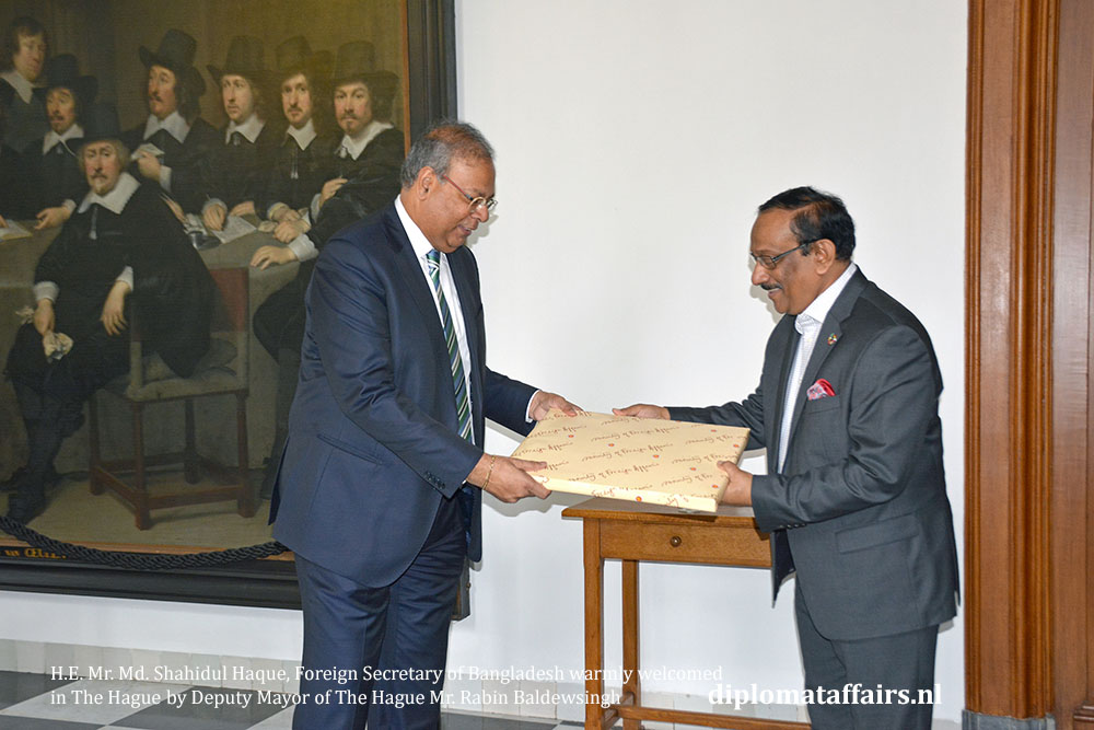 2 H.E. Mr. Md. Shahidul Haque, Foreign Secretary of Bangladesh warmly welcomed in The Hague 2