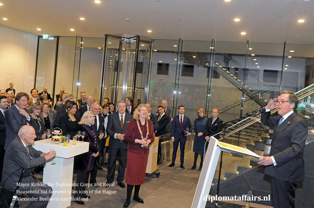 4a.jpg Alexander beelaerts van Blokland, Mayor Pauline Krikke