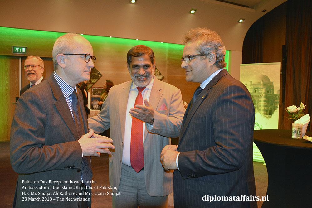 5. H.E. Andrea Perugini (Italy) H.E. Venu Rajamony (India) H.E. Mr. Shujjat Ali Rathore
