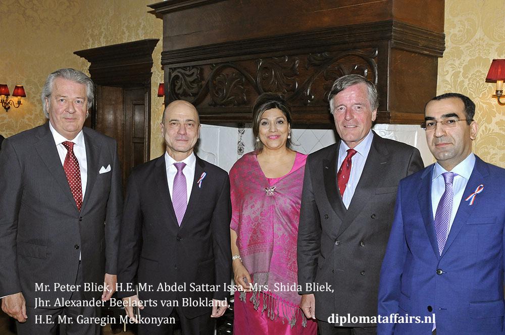 4. Mr. Peter Bliek, H.E. Mr. Abdel Sattar Issa, Mrs. Shida Bliek, Jhr. Alexander Beelaerts van Blokland, H.E. Mr. Garegin Melkonyan