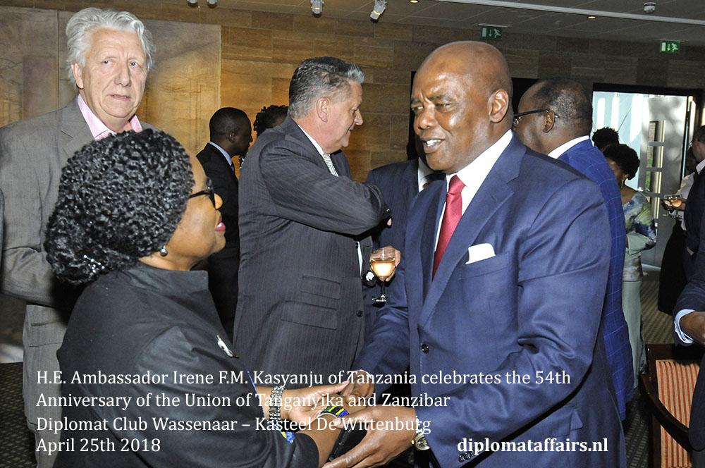 7.jpg H.E. Bruce Koloane Ambassador South Africa