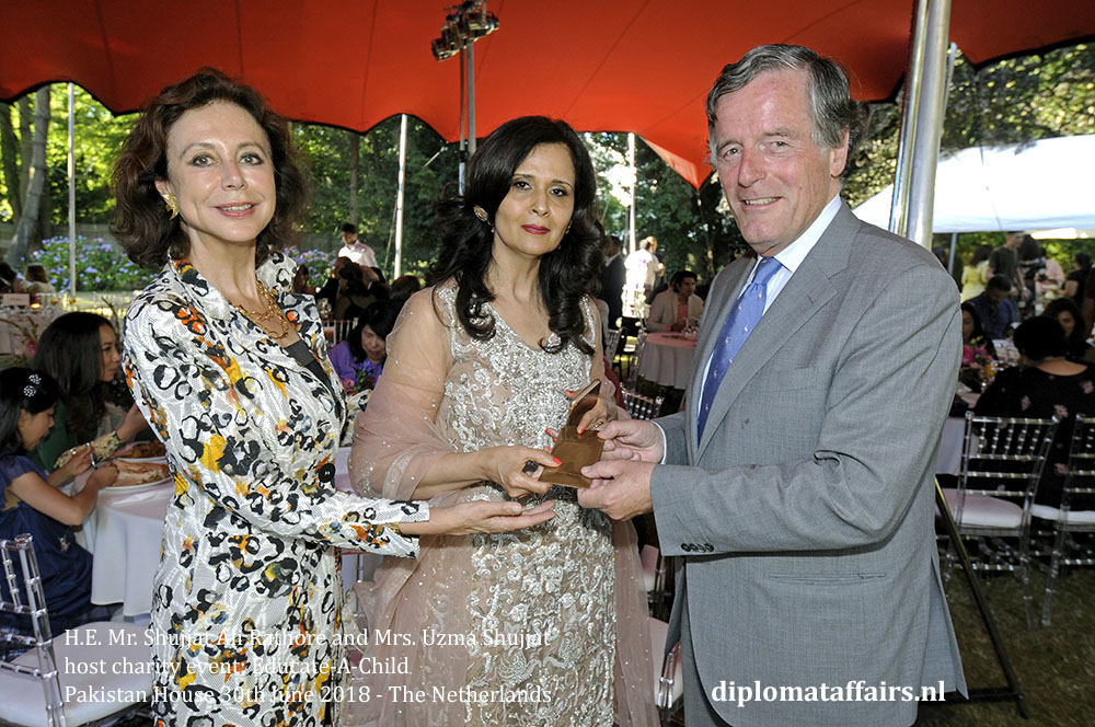 13.jpg Ambassador H.E. Mr. Shujjat Ali Rathore and Mrs. Uzma Shujjat host charity event Pakistan House diplomataffars.nl