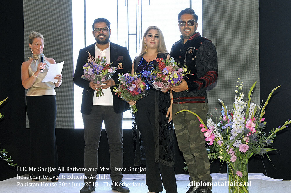22.jpg Thank you designers, Ahmed Zubair Maryam Khalid Imran Ikhlaq and Mustafa Shakil - Pakistan House The Netherlands