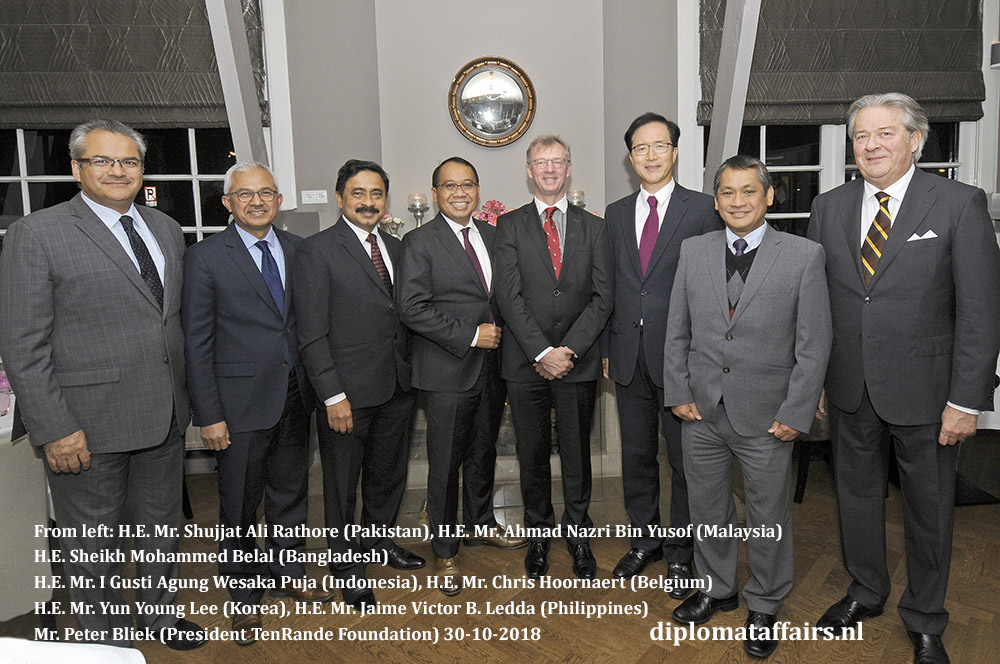 Ambassador of Indonesia, Mr. I Gusti Agung Wesaka Puja hosts a dinner to bid farewell to the Ambassador of Belgium, Mr. Chris Hoornaert