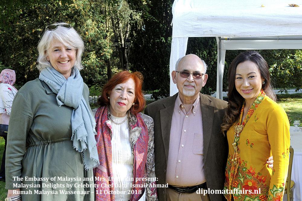 8. Malaysian Delights Chef Dato' Ismail Ahmad, Mrs Linda Zin Diplomat Affairs Magazine