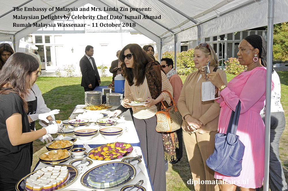 9. Malaysian Delights Chef Dato' Ismail Ahmad, Mrs Linda Zin Diplomat Affairs Magazine