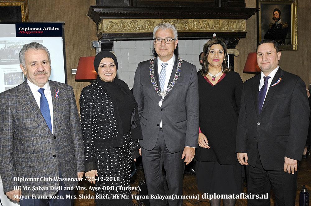 655.jpg HE Mr. Saban Disli (Turkey), Mrs. Ayse Disli, Mayor Frank Koen, Mrs. Shida Bliek HE Mr. Tigran Balayan (Armenia) Diplomat Affairs Magazine