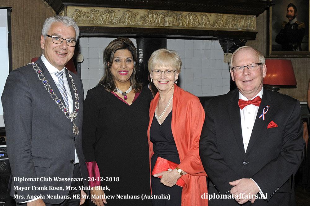 657.jpg Mayor Frank Koen, Mrs. Shida Bliek, Mrs. Angela Neuhaus, HE Mr. Matthew Neuhaus (Australia) Diplomat Affairs Magazine