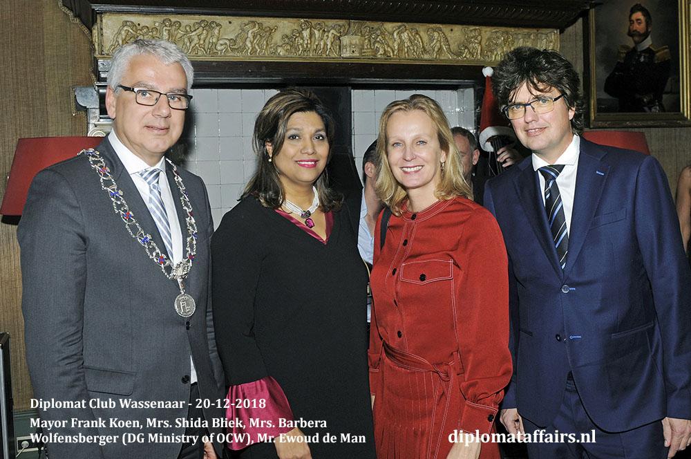 671.jpg Welcome Ceremony new Ambassadors Mayor Frank Koen, Mrs. Shida Bliek, Mrs. Barbera Wolfensberger, Mr. Ewoud de Man Diplomat Club Wassenaar Diplomat Affairs Magazine