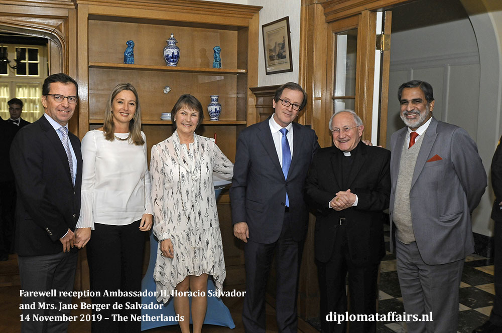 3.jpg at the right, Nuncio, Mgr. Aldo Cavalli and the Ambassador of India, H.E. Mr. Venu Rajamony