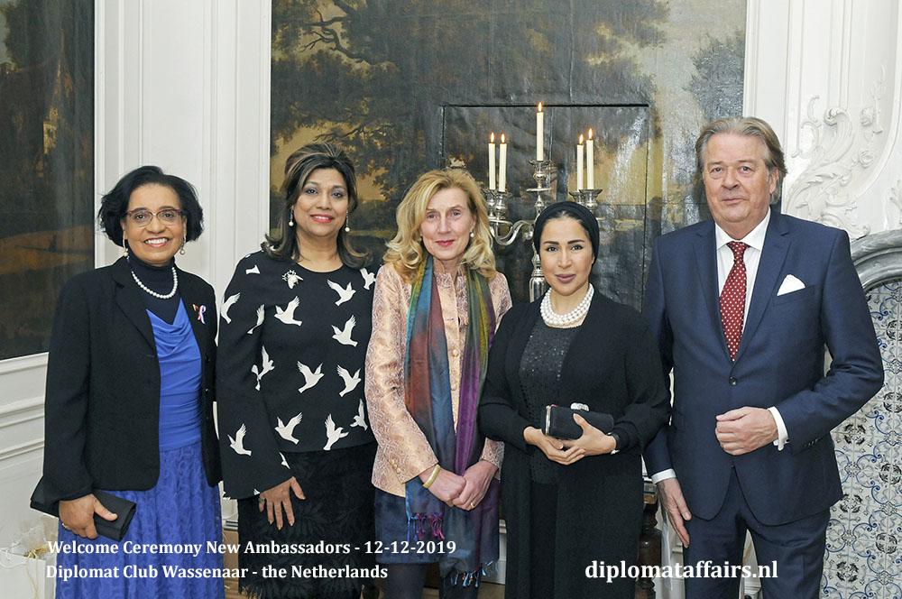 10e.jpg Ambassador of Angola, H.E. Mrs Maria Isabel Gomes Godinho de Resende Encoge, Mrs Shida Bliek, Dr Marjolein de Bois, Mrs Jamilah Otaibi (Kuwait) Mr Peter Bliek Diplomat Affairs Magazine