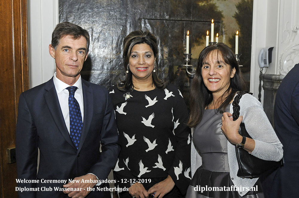 15a.jpg Dr. Klaus-Dieter Frey, Mrs Shida Bliek, Ambassador of Malta H.E. Mrs. Marlene Bonnici Diplomat Affairs Magazine