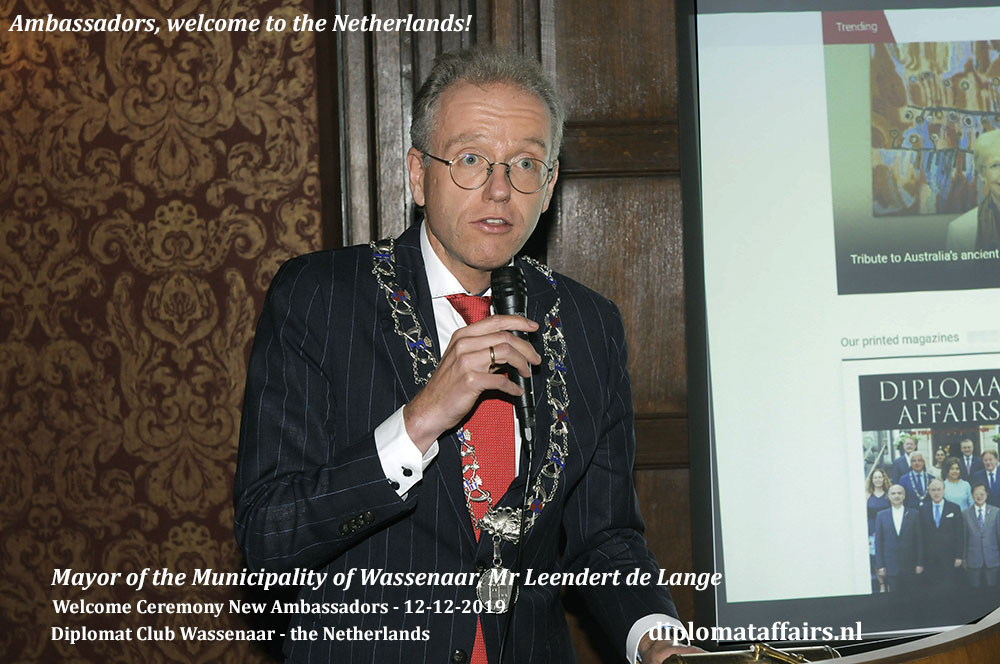 2.jpg Mayor of the Municipality Leendert de Lange welcomes new Ambassadors at Diplomat Club Wassenaar Diplomat Affairs Magazine