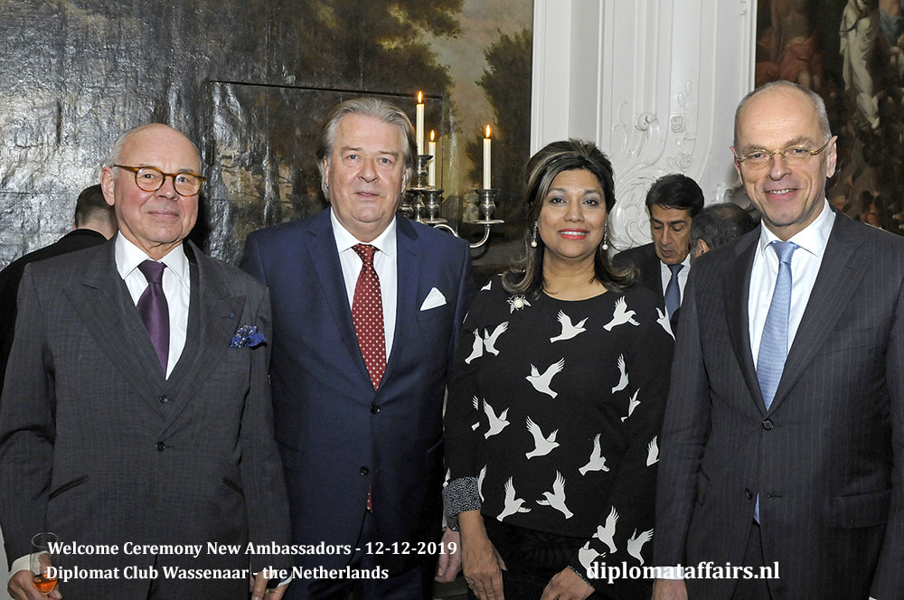 5a.jpg Mr Hans Slingerland van Bemmelen, Mr Peter Bliek, Mrs Shida Bliek, H.E. Prof Dr Jan Anthonie Bruijn Diplomat Club Wassenaar Diplomat Affairs Magazine