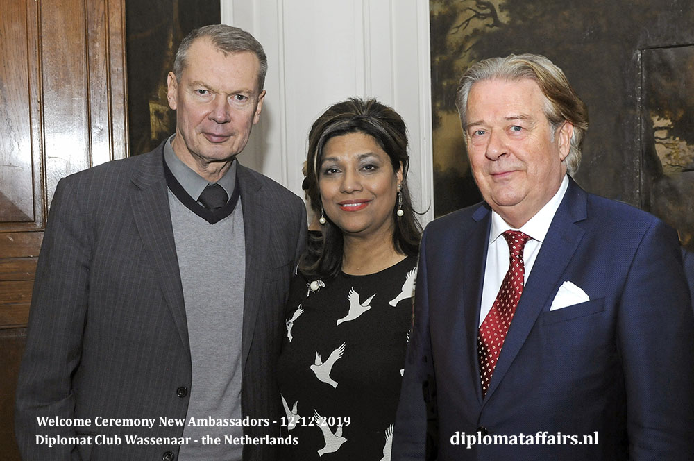 8.jpg Ambassador of the Russian Federation, H.E. Mr Alexander Shulgin, Mrs. Shida Bliek and Mr. Peter Bliek Diplomat Club Wassenaar Diplomat Affairs Magazine