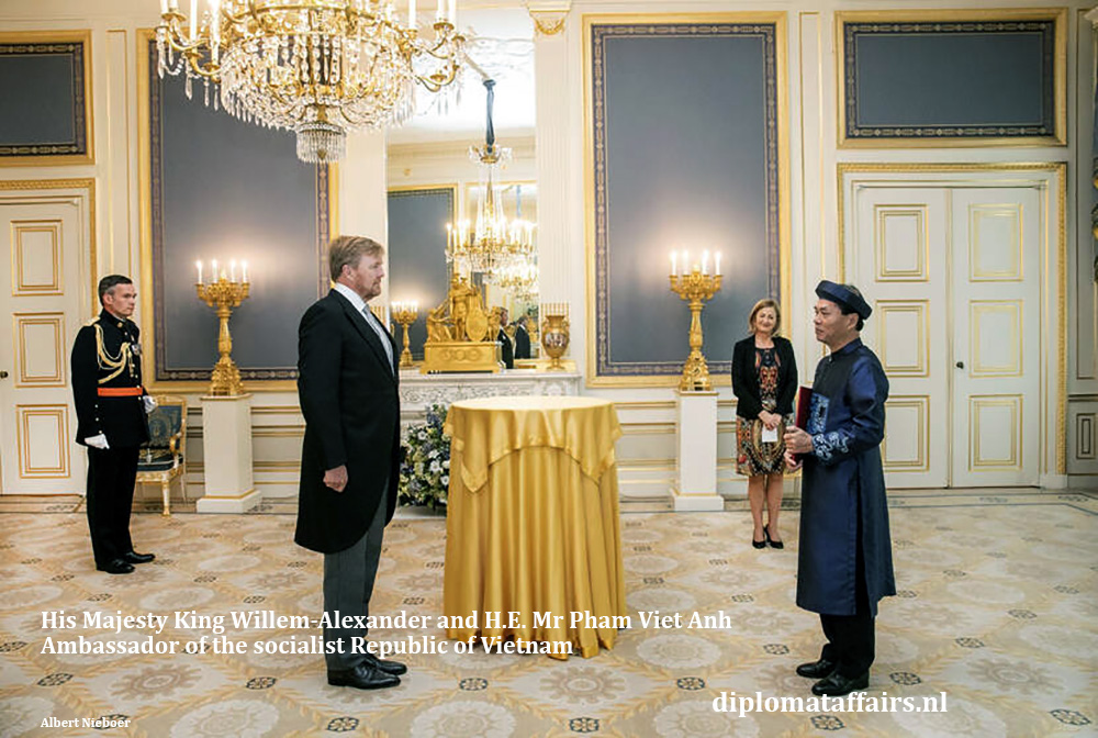 HM King Willem-Alexander and H.E. Mr Pham Viet Anh, Ambassador of Vietnam 08-07-2020. Diplomat Affairs Magazine